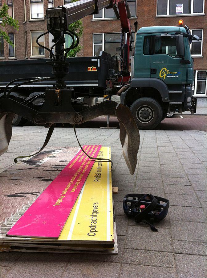 The billboards are arrived, we can get started! | Zo, de bouwborden zijn geleverd, we kunnen aan de slag! @RdamCentraal #Rotterdam #Centraal