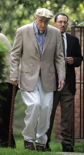 William Rehnquist; 10/1/24-9/3/05; Died of Thyroid Cancer