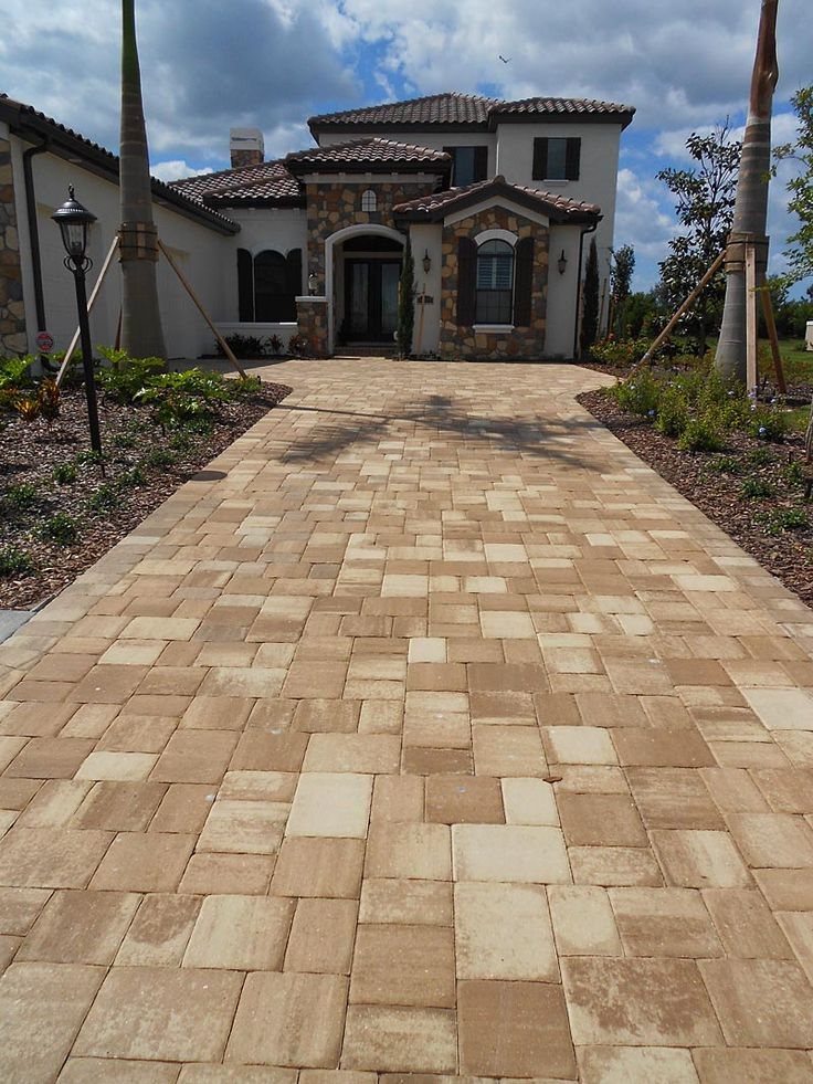 Mega Olde Towne Cappuccino paver driveway installed in a ...