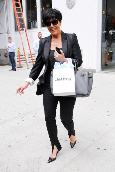 Kris Jenner Photo - Kris Jenner Takes Kendall Shopping
