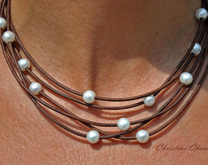 Pearl and Leather Necklace called Natural Cascada de Pearls
