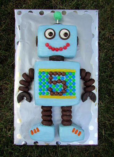 Robot Cake. I know someone who will LOVE this...