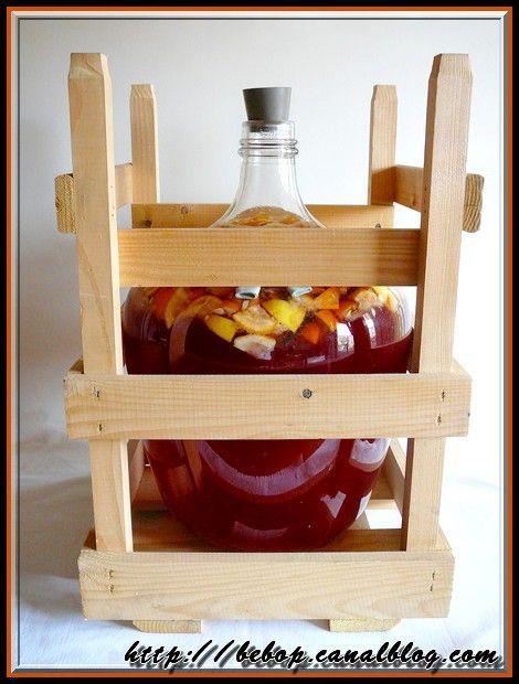 Vin d'oranges - La préparation de ce breuvage doit se faire au mois de février, car c'est l'époque où l'on peut se procurer des oranges amères.