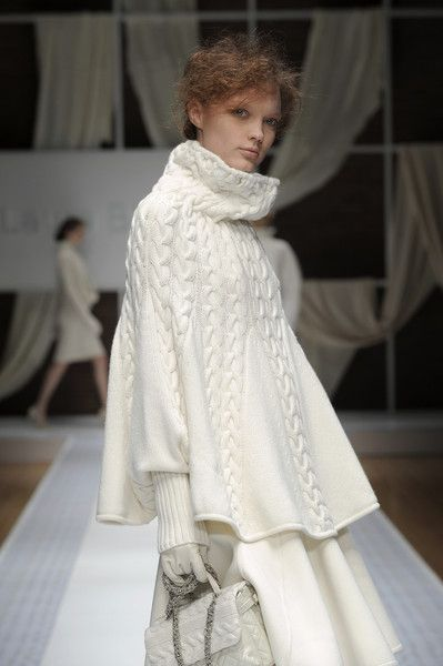 Laura Biagiotti. Cable knit poncho.