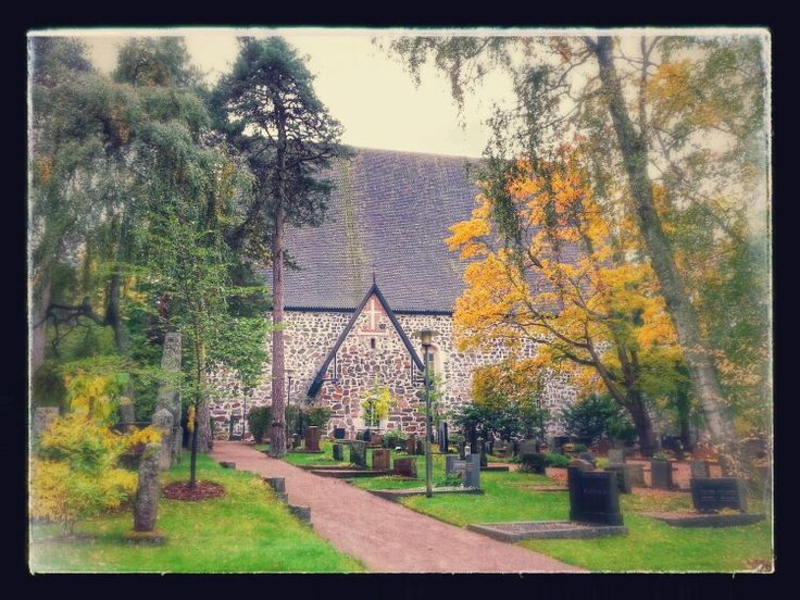 The cemetary of the church of St Lawrence, Lohja. Picture : Jaana Perheentupa