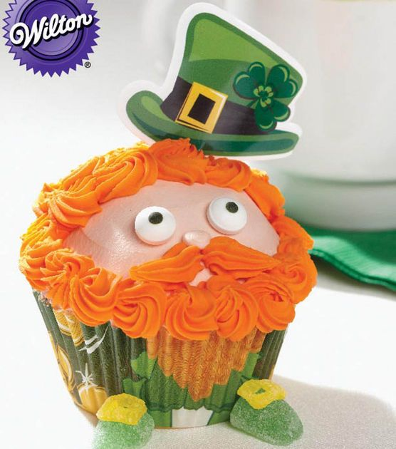 Leprechaun Cupcake Recipe perfect for St. Patrick's Day! A @Wilton Cake Decorating Recipe from Joann.com: Decor Cupcakes, Leprechaun Cupcakesleprechaun, For Kids, Cupcakes Decor, Cakes Cupcakes, Cupcakes Recipes, St. Patrick'S, Decor Recipes, Cupcakesleprechaun Cupcakes