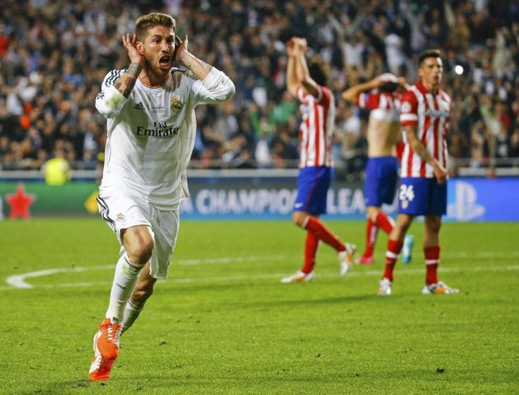 El defensa del Real Madrid, Sergio Ramos, celebrando el gol del empate ante el Atlético de Madrid.