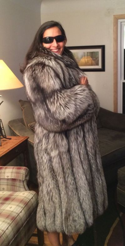 Silver foxes, Fur coats and Fox