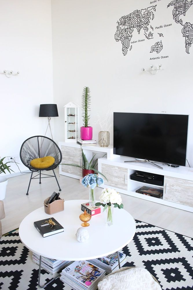 House Tour: A Modern, White, Art-Filled Spanish Loft | Apartment Therapy