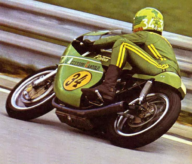 Clasp Garage: Roberto Gallina and his Paton 500cc