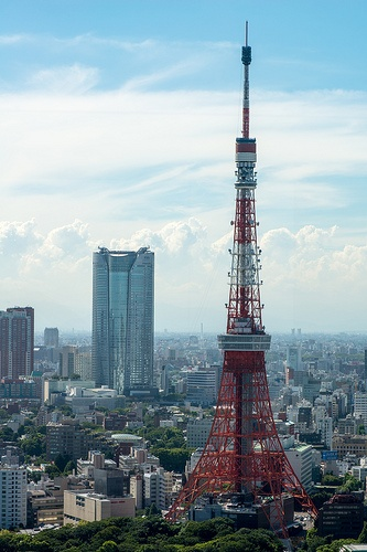 Tokyo tower. been here and it's pretty frickin awesome :) share your #travel experience with us #tripmiller! www.thetripmill.com