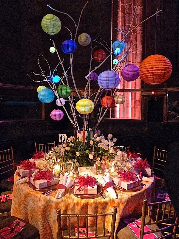 Thomas Burak Interiorsu0027 and Michael Devineu0027s fun table at the Lenox Hill Neighborhood & gala table decor | My Web Value
