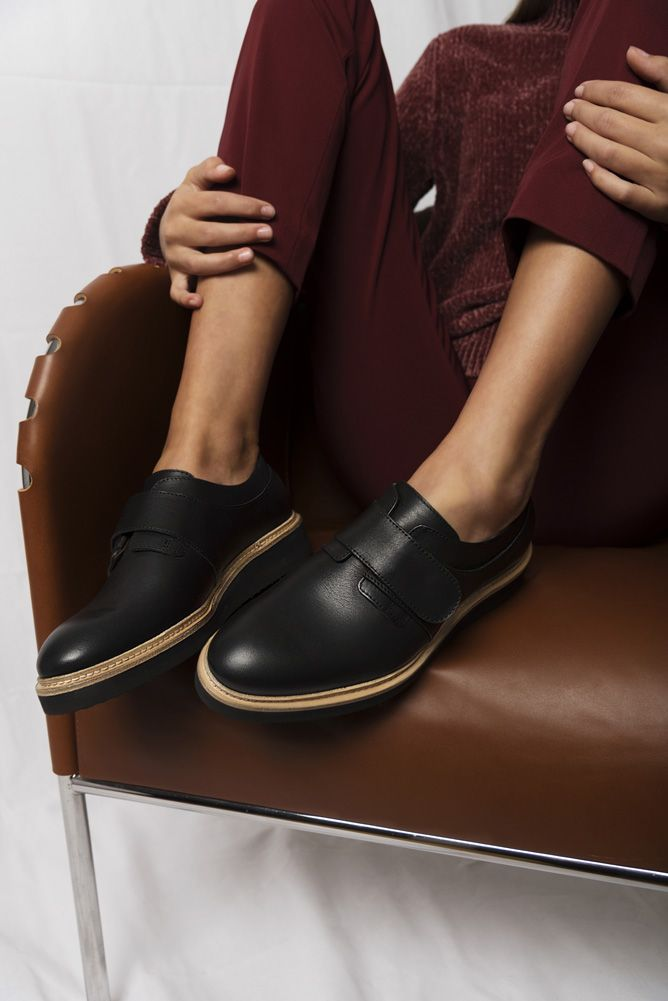 Innovative monk strap shoes for women made with environmentally friendly leather. Scandinavian footwear from Swedish footwear label Stig Percy