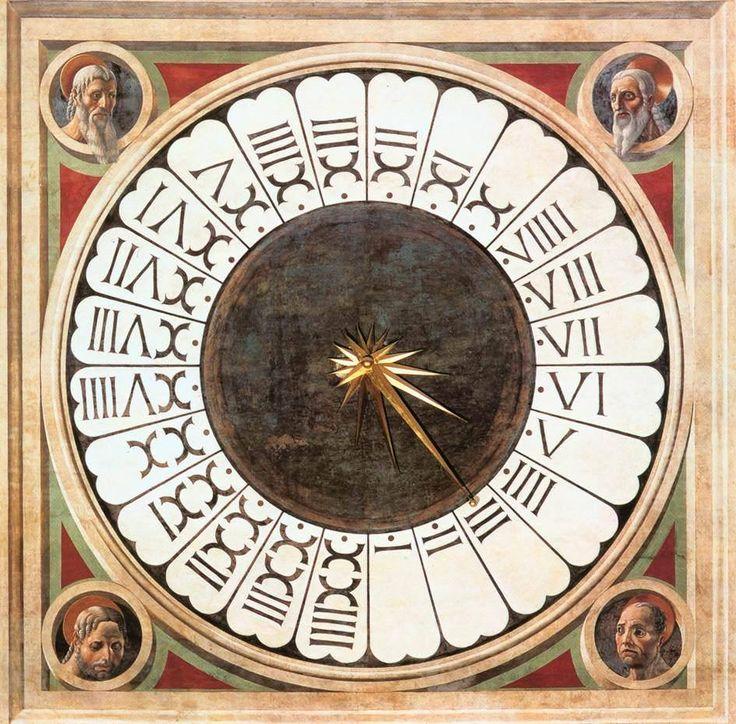 Questo orologio è situato all'interno del Duomo di Firenze (Italia). Sopra la porta maggiore è la colossale facciata dell'orologio con affreschi di Paolo Uccello (1443). Questo liturgico orologio con una sola ago mostra le 24 Ore di ora italica, un periodo di tempo che finisce con il tramonto alle 24 ore. Questo orario è stato utilizzato fino al XVIII secolo. È uno dei pochi orologi di quel tempo che ancora esistono e funzionano