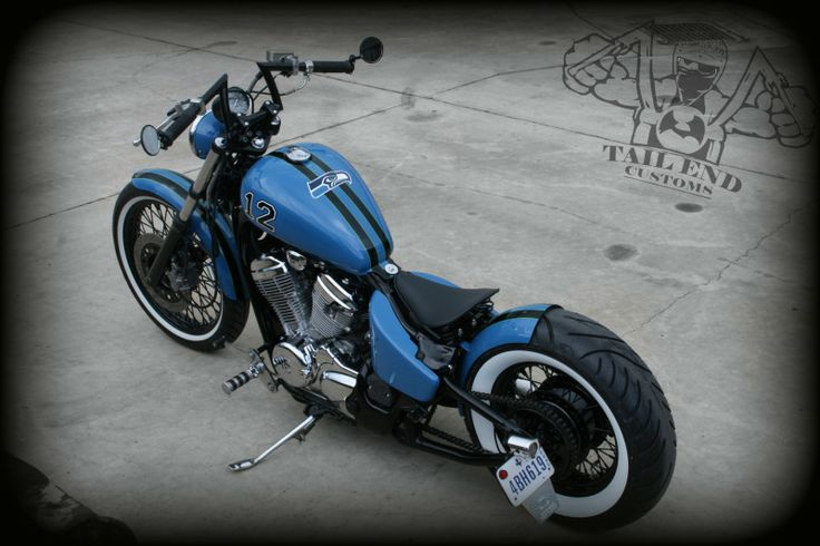 Moto Custom: Shadow VLX 600 Bobber