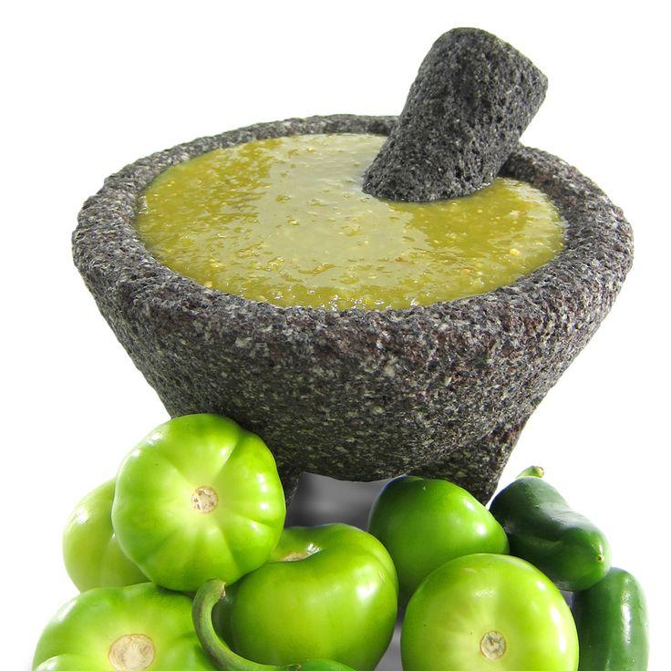 Salsa Verde para Tacos   Ingredientes:  10 Tomatillos ó tomate verde  4 a 10 chiles verdes  Esto depende si vives en el centr...