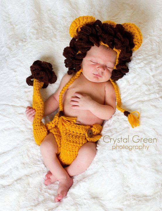 Crochet Newborn Lion Photography Prop Set by FaithandSparrows, $35.00