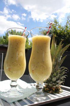 Ananas Bananen Chia Cocktail