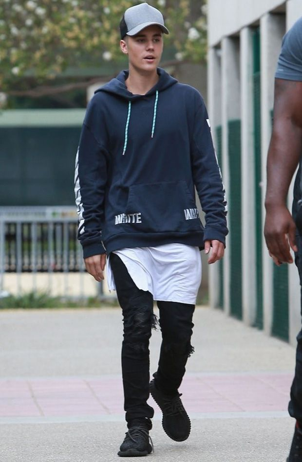 Justin Bieber Adidas Yeezy Boost 350 Celebrities In Sneakers Pinterest Urban Fashion