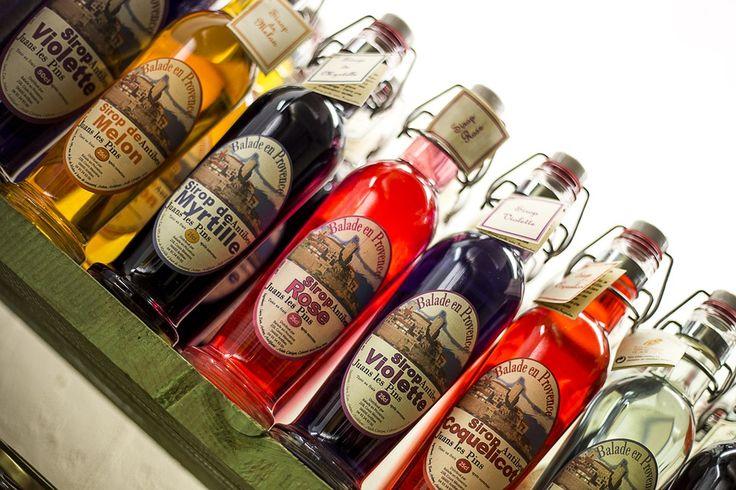 Oferujemy #etykiety #samoprzylepne na butelki i inne produkty! W naszej ofercie znajdziesz też #etykiety #Shrinksleeve !!