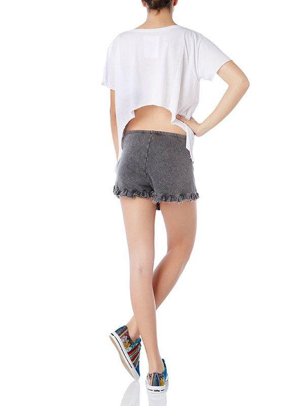 Santa cruz top - Warwick shorts  Shop online: www.wecreateharmony.com