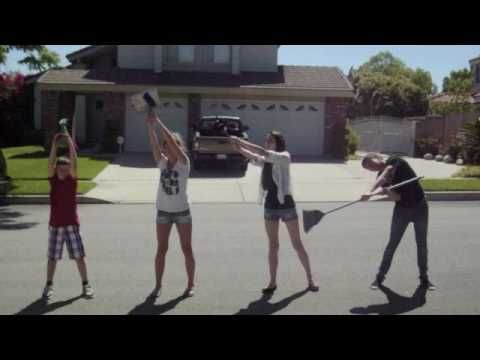 Los Quehaceres- great video! This is hilarious.  Great idea for lower-level Spanish final project!