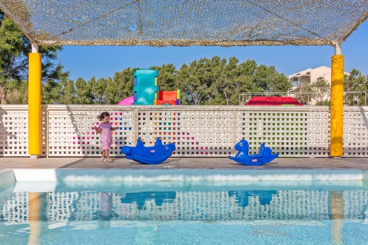 The absolute #kids #fun at the kids #pool !!