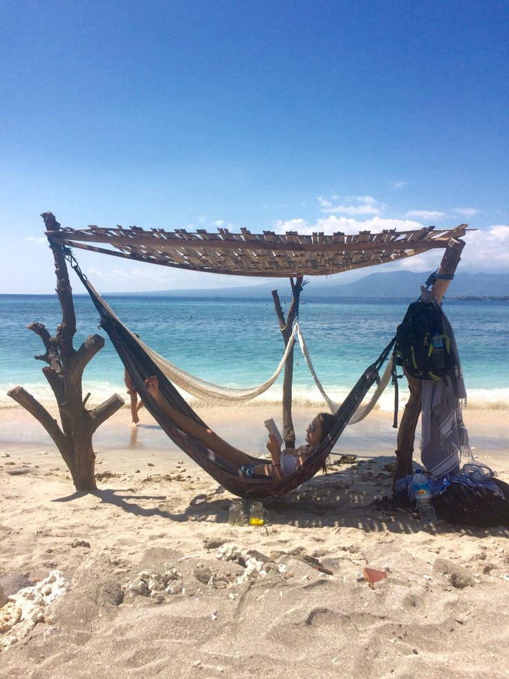 Just outside off the villa we have set up a amazing chillout hammock in the beach- tropical, beachfront, relax, blue water