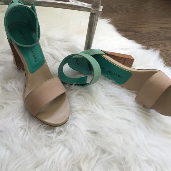 9/27 Host PicChinese Laundry Heels Chic Chinese Laundry size 8.5 - Nubuck Natural/Teal heels. New and Perfect for summer! ⛱ Chinese Laundry Shoes Heels