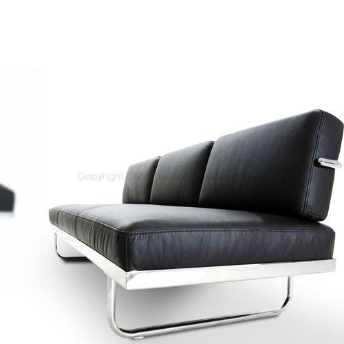 77 best meubles design images on pinterest chairs for Bauhaus sofa le corbusier
