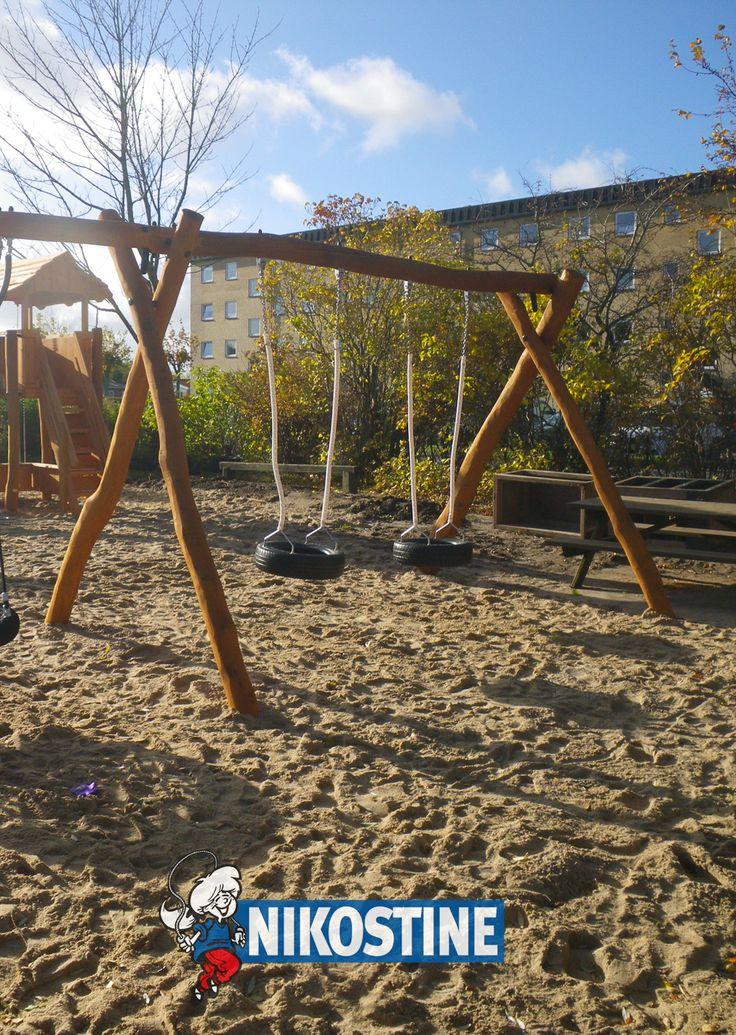 Børnehuset Løvvangen i Nørresundby har fået opdateret vuggestuens og børnehavens legeplads... #Nikostine #NikostineDK #Efter #Faldunderlag #Faldsand #Gyngestativ #Legeplads #Legepladsvedligehold #NyLegeplads #RenoveringAfLegepladsen # #Vuggestue #Børnehave #Børnehus #Nørresundby