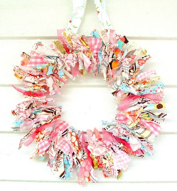 This is like what I did last Christmas, but I love these colors for a spring wreath!