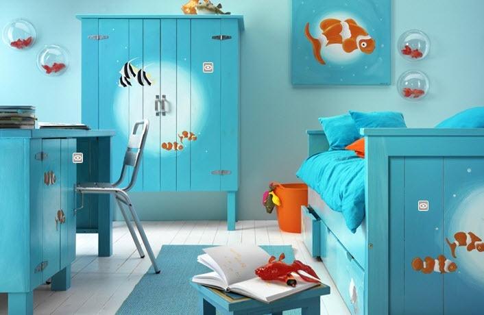 Habitación para niños decorada con motivos marinos.