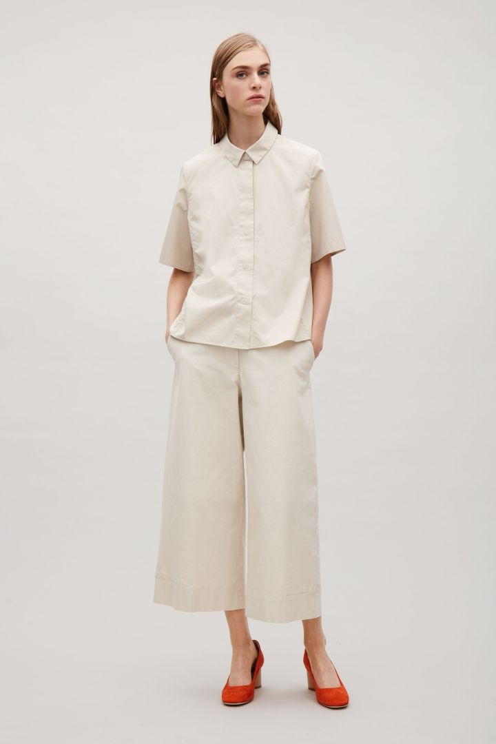 COS | Short-sleeve shirt with back pleat