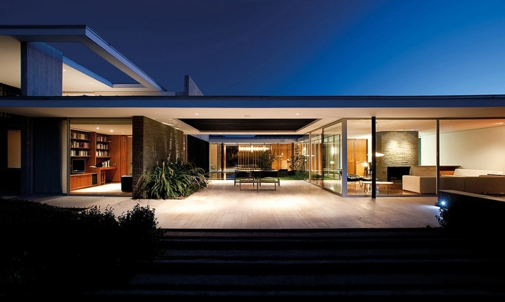 Kübler House  Colina, Chile   A project by: 57studio Achitecture