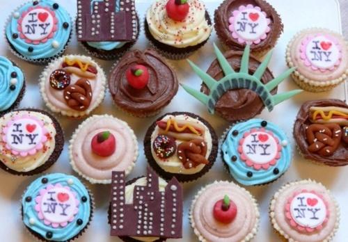 NEw york cupcakes! 2 kool!: Nyc Cupcakes, Birthday, Sweet, York Cupcakes, Themed Cupcakes, Food, New York City, York Themed, Newyork