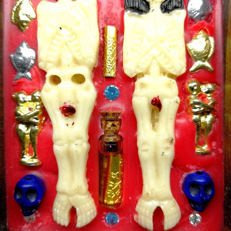 Amulet Name : Couple Kumanthong Embed Magic Wax in the Wood box. The power of Thai amulet. >>>Very Holy in Loving Kindness, Wealth,Rich,Lucky,Fortune. >>> Life protection, Prevent Blank Magic & Evil Spirits, Safety travel.   eBay!