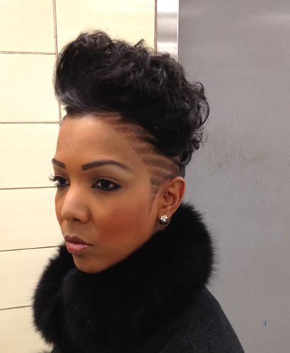 Wow, Razor cut short black hair styles. Repin if you'd rock it. teamblackhurromg http://www.shorthaircutsforblackwomen.com/