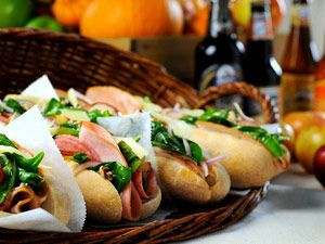 Submarine Sandwich Recipes: Black Forests, Forests Hams, Submarines Lunches, Party Sandwiches, Turkey Breast, Submarines Sandwiches, Sandwiches Recipe, Sandwiches Idea, Oktoberfest Submarines