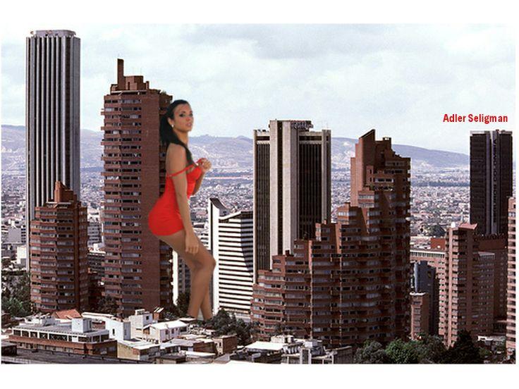 Bogota chica de rojo