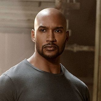 "Agent Alphonso ""Mack"" Mackenzie played by Henry Simmons in Marvel's Agents of S.H.I.E.L.D. <God I love this man!"