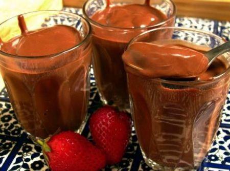 Chocolate quente cremoso - http://cybercook.com.br/receita-de-chocolate-quente-cremoso-r-7-17033.html