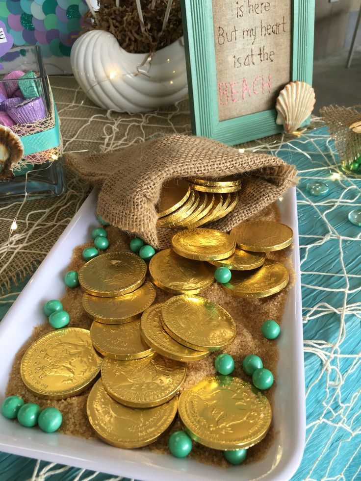 Chocolate coins in mermaid candy bar
