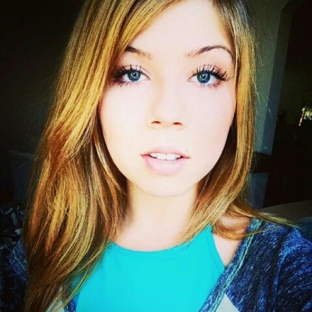 48 best jennette mccurdy images on pinterest jeannette mccurdy jennette mccurdy shows off her amazing baby blue eyes voltagebd Images