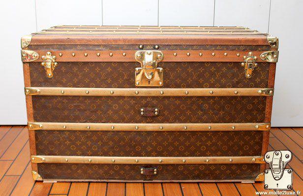 Malle courrier Louis Vuitton   House a15562fba2d