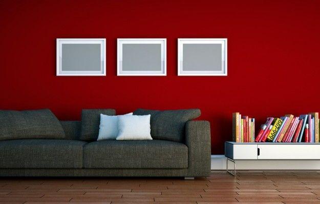 Parete rossa e divano nero - Come abbinare il divano nero alla parete rossa.