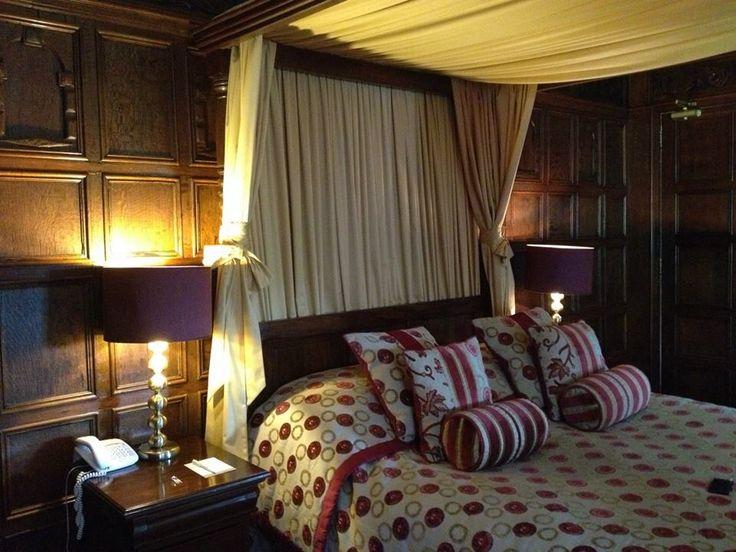 Inglewood Manor Oak Room