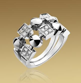 lucea ring in white gold with pav diamonds