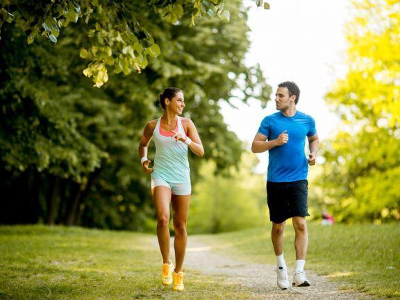Diese Fatburner-Sportarten sind effektiver als Joggen. Hier gibt´s schnelle Schlankmacher Sportarten.