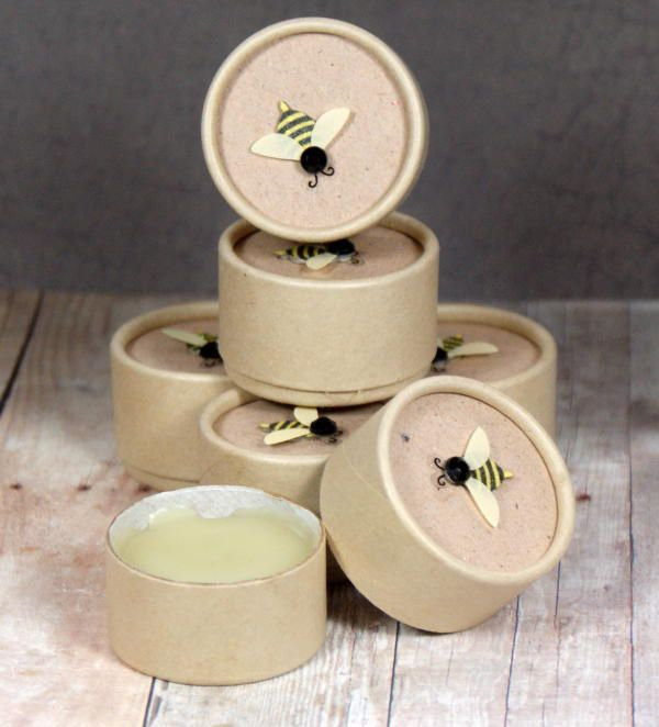 DIY Chamomile Balm! This simple homemade chamomile balm recipe is simply divine and perfect for dry winter skin. Leave it unscented or scent yours with cocoa, ginger and espresso like I did mine. Then top off the sustainable and eco-friendly packaging with cute bee sticker embellishments to give as homemade gifts! #diy #balm #chamomile #crafts #gifts #skincare #beauty #naturalskincare #naturalbeauty #beautyrecipes #skincarerecipes #ecofriendly #natural #essentialoils #handmade